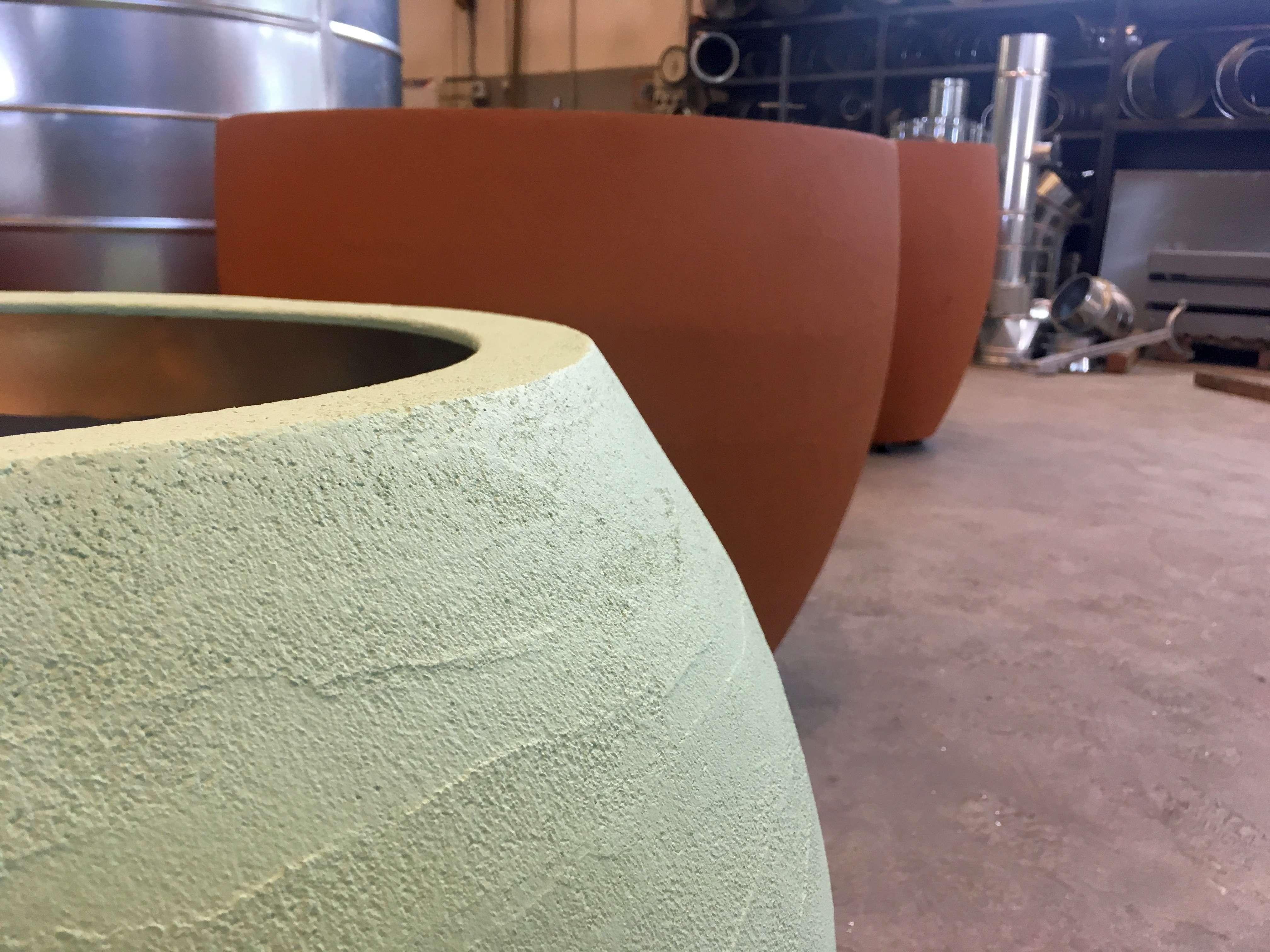 Fioriere Da Esterno In Cemento fioriere e vasi su misura con rivestimento in cemento per